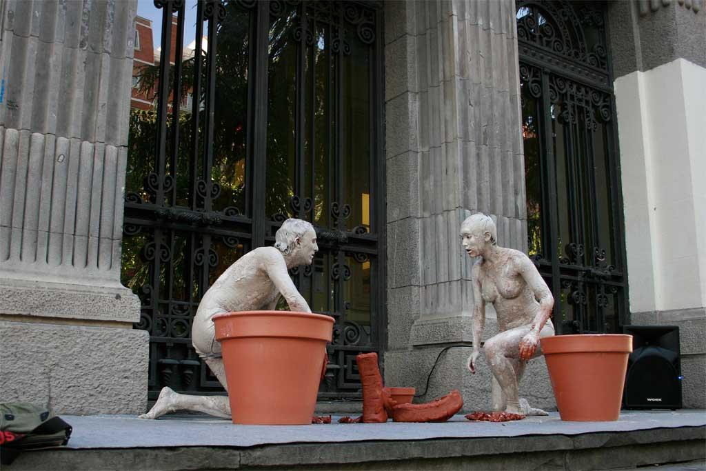 Exposición del objeto: El Tiesto. 2007