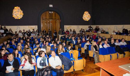 Acto de entrega de diplomas e inauguración de la expo TFE 2015