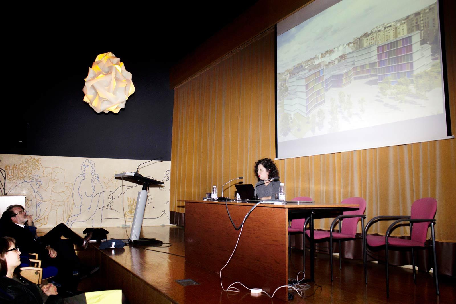 Presentación del nuevoMáster en Diseño eInnovación de Calzadoy conferencia de Angélica Barco.