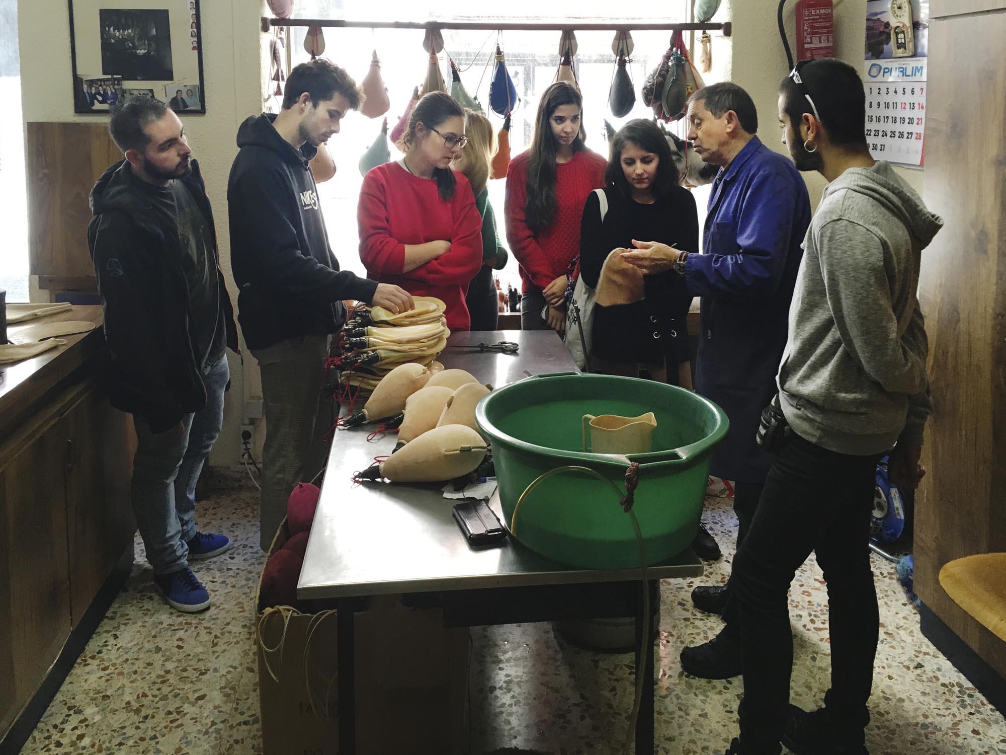 3º de Producto visita Botas Rioja y Curtidos Herrero