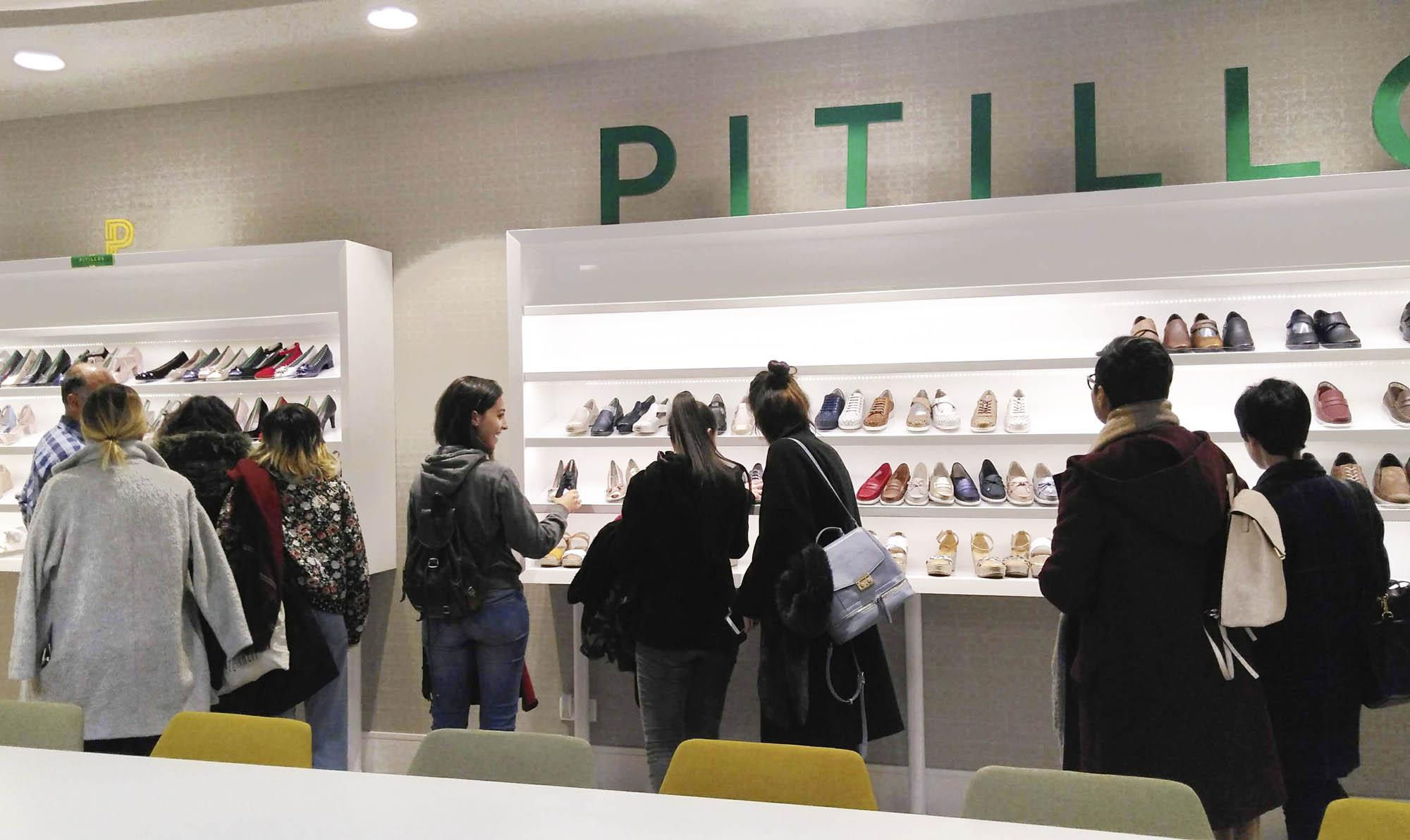 El Máster de Calzado visita la empresa Pitillos