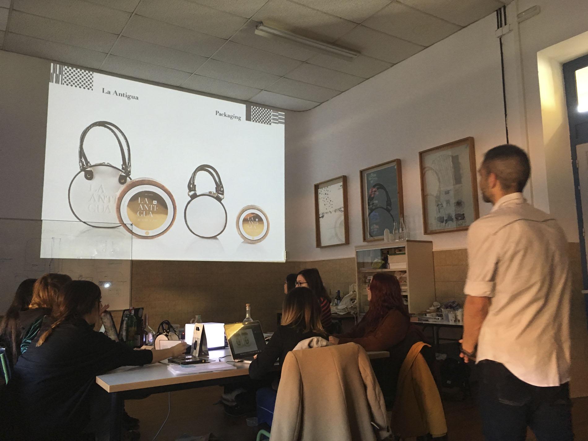 Javier Garduño en el Máster de Packaging