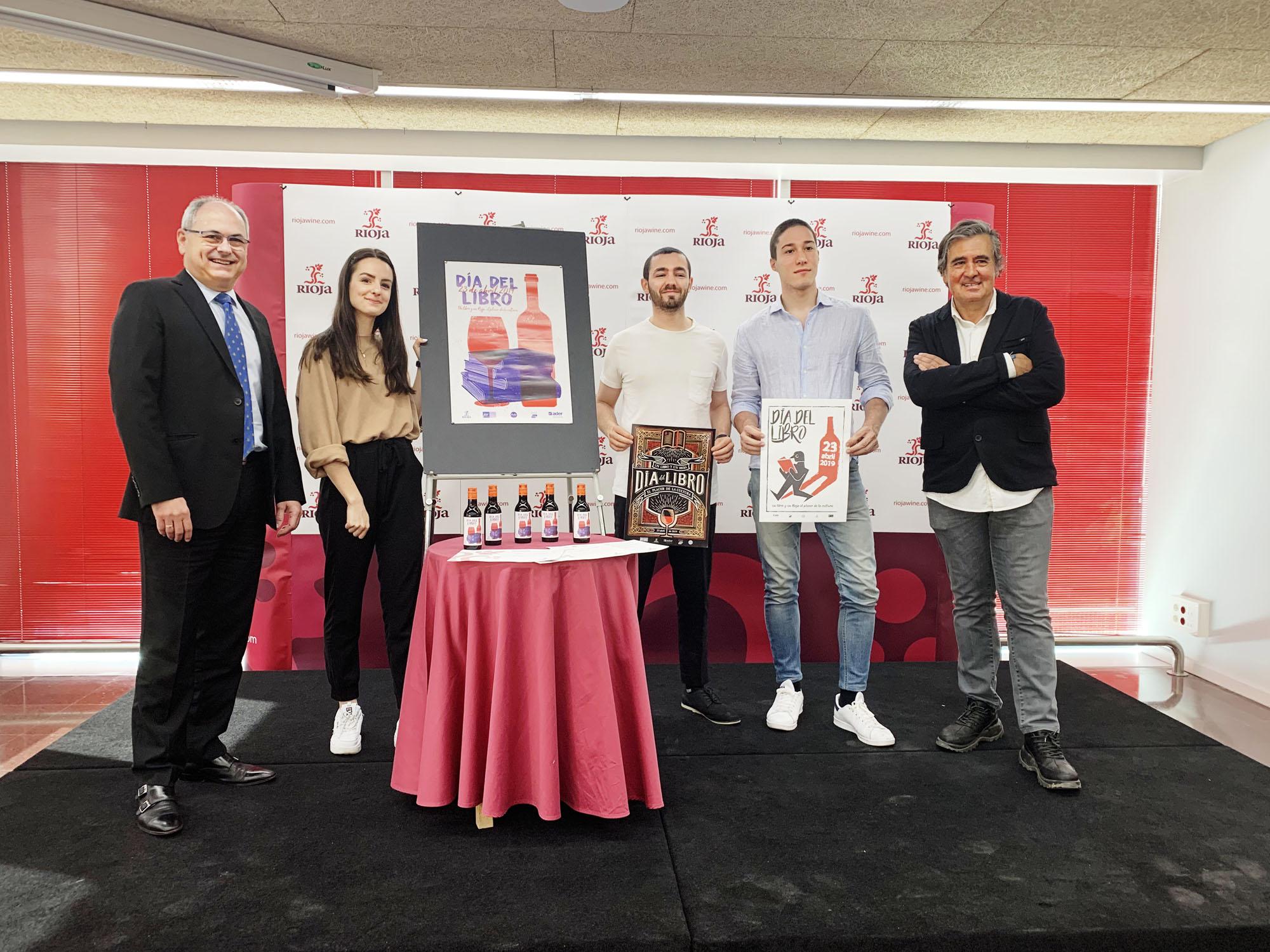 Leyre Chordá 1er premio en el concurso del Día del libro.