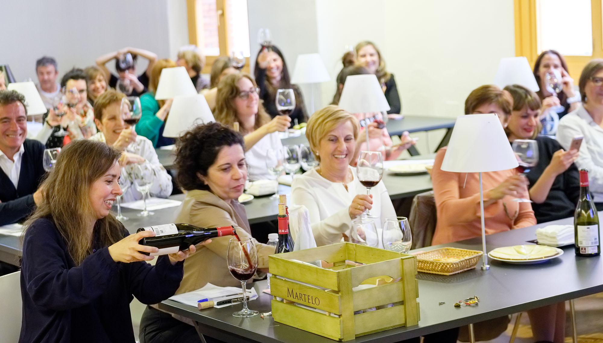 Ladies, Wine & Design en la Esdir