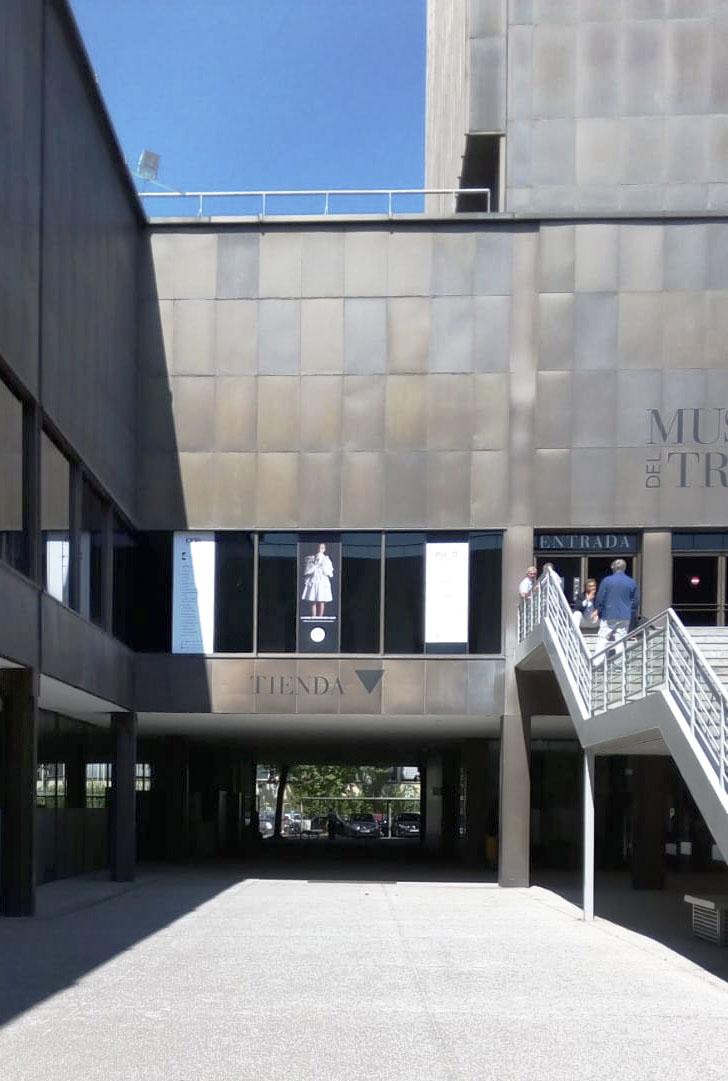 El Museo del Traje expone el vestuario para La Casa de Bernarda Alba