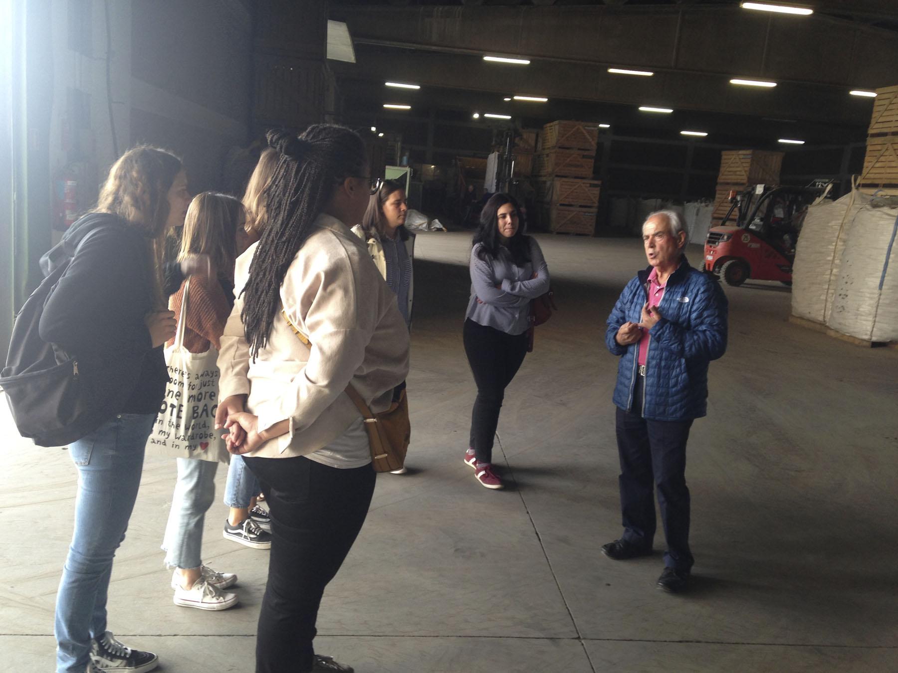Visita del Máster de Packaging a Almacenes Rubio
