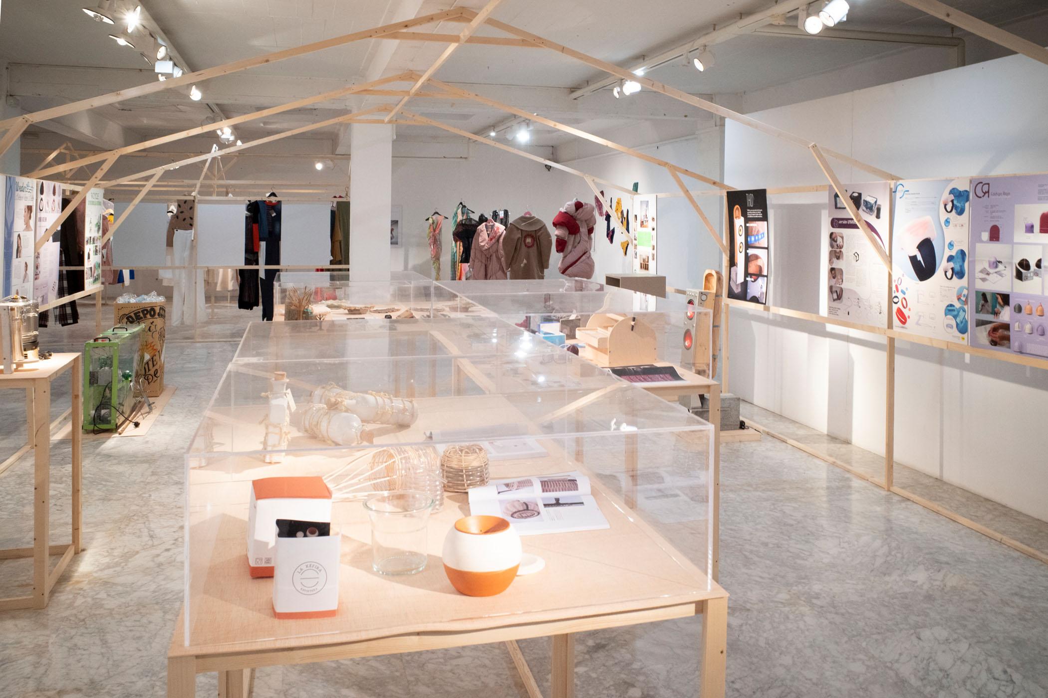 La Casa Amarilla. Exposición de los TFE y TFM 2019