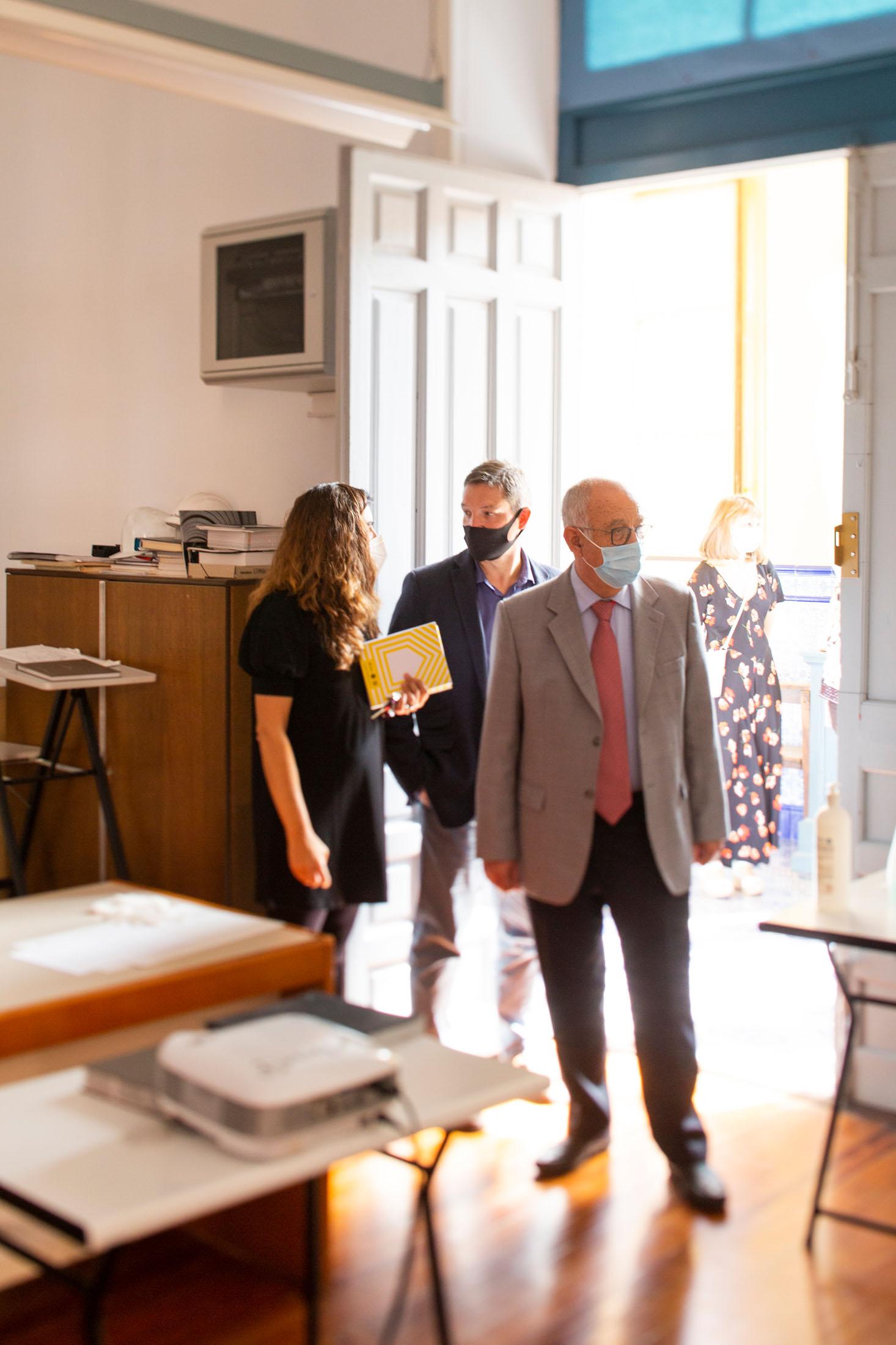 El Consejero de Educación y Cultura, Pedro Uruñuela, visita la Esdir