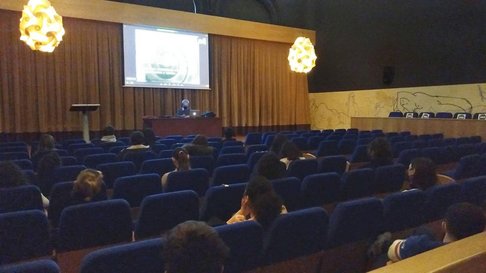 Conferencia de Gabi Barbeta para 3º de Diseño de Interiores