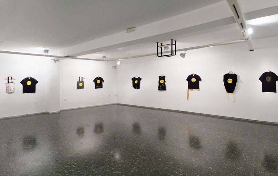 Exposición de Camisetas y Bolsas de la Esdir