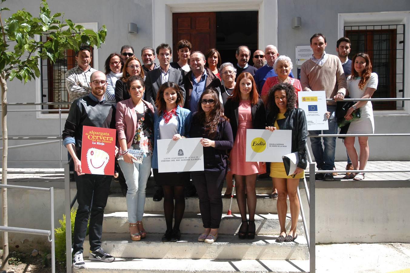 Javier Gonzalez y Catalina Barroso alumnos de 3º de Moda, galardonados en los Premios de diseño de La Alpargata de Cervera
