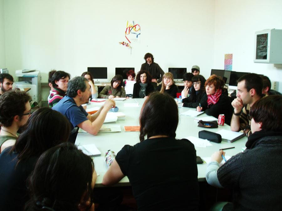 Visita del Diseñador Gráfico Roberto Nalda