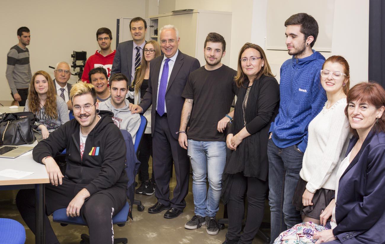 José Ignacio Ceniceros, presidente del Gobierno de La Rioja, visita la ESDIR